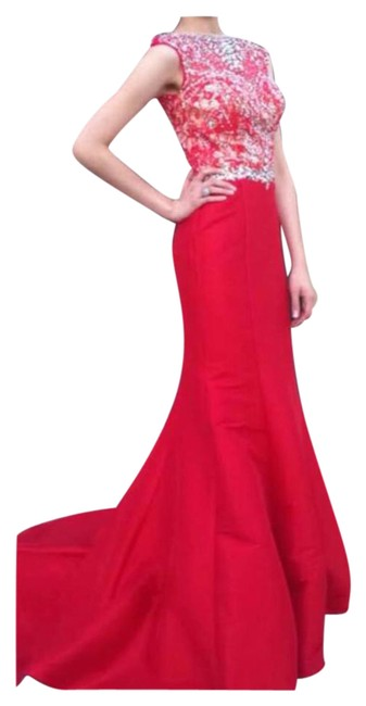 Preload https://img-static.tradesy.com/item/20977552/mac-duggal-couture-red-long-formal-dress-size-16-xl-plus-0x-0-1-650-650.jpg