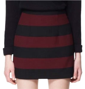 Zara Skirt Black And Maroon