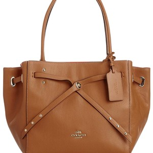 Coach Tote in tan and watermelon