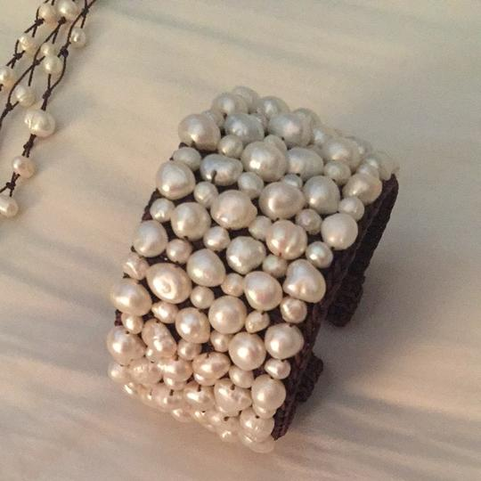 Vincent Peach Vincent Peach Freshwater Pearl Necklace And Cuff