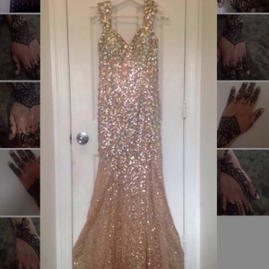 Beautiful Original Panoply Gown color Golden Globe Dress