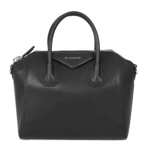 Givenchy Detachable Strap Antigona Sugar Goat Skin Tote in Black