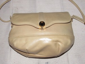 Gucci Early Style Mint Vintage Perfect For Everyday Bottom/roomy Shoulder Bag