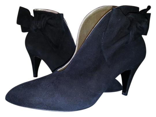 Preload https://img-static.tradesy.com/item/20980199/bettye-muller-black-suede-ankle-eur-375-bootsbooties-size-us-7-regular-m-b-0-1-540-540.jpg