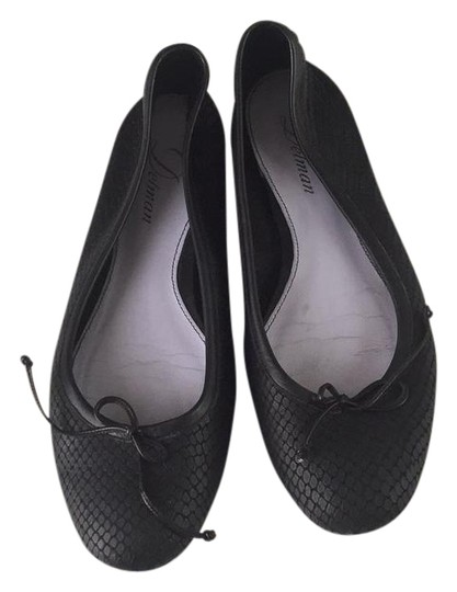 Preload https://img-static.tradesy.com/item/20980212/delman-black-ballet-flats-size-us-8-regular-m-b-0-1-540-540.jpg