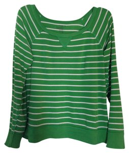 Old Navy T Shirt Green white