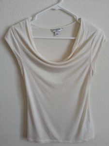 Banana Republic Scoop Neck T Shirt Cream