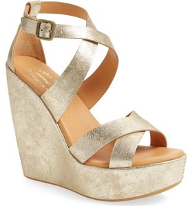 Kork-Ease Gold Wedges