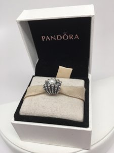 PANDORA Pandora one of a kind pearl shell charm in original gift pouch