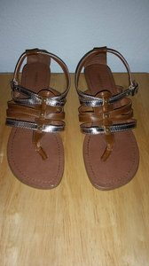 Madden Girl Brown And Gold Sandals