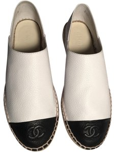 Chanel White/ Black Flats