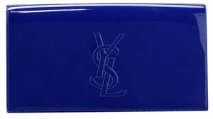 Saint Laurent #ysl #saintlaurent #yslclutch #yslbelledujour #royalblue Royal Blue Clutch