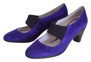 Johnston & Murphy Purple Pumps