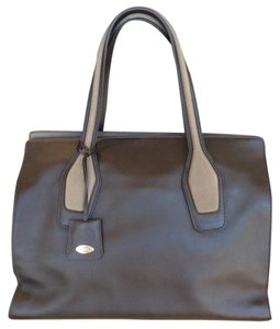 Tod's Tote in Olive Green