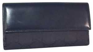Gucci Gucci authentic long wallet with oversized GG monogram