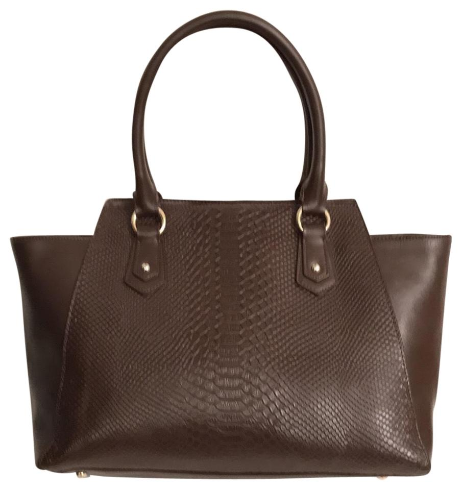9f2a3f5e9aa0 Cuore   Pelle Musette Embossed Gator Dark Brown Leather Tote - Tradesy
