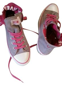 Converse pink,khakis Athletic