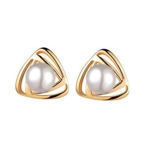 Other New Gold Tone White Pearl Stud Earrings J3215