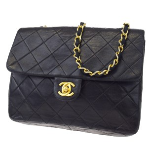 Chanel Vintage Leather Quilted Lambskin Luxury Shoulder Bag