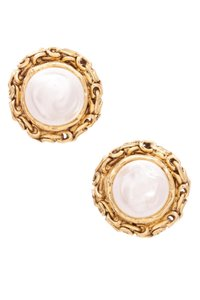 Chanel Chanel Vintage Gold-Tone Faux Pearl Clip On Earrings