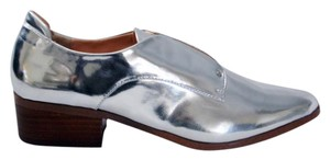 Kensie Oxfords Dante Laceless Silver Flats
