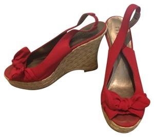 Moda International Red Wedges