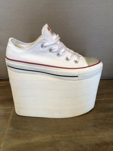 Converse White Chucks Chuck Taylor Wedges Platforms Size Us 6 Regular M B