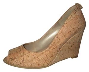 Stuart Weitzman Wedge Cork Open Toe tan Pumps