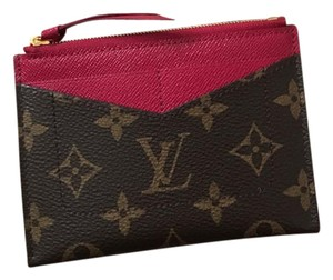 Louis Vuitton NEW small zippy wallet