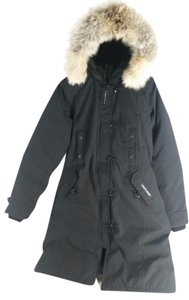 Canada Goose Slim Fit Fur Water Resistant 625 Fill Power Military Buttoms Coat