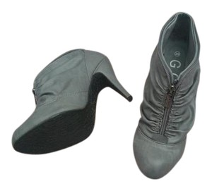 GC Shoes Grey Boots
