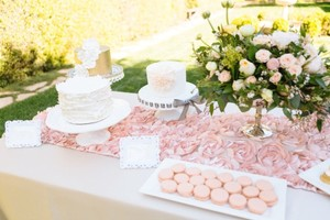 Wedding Rosette Table Runner (peony Flower)