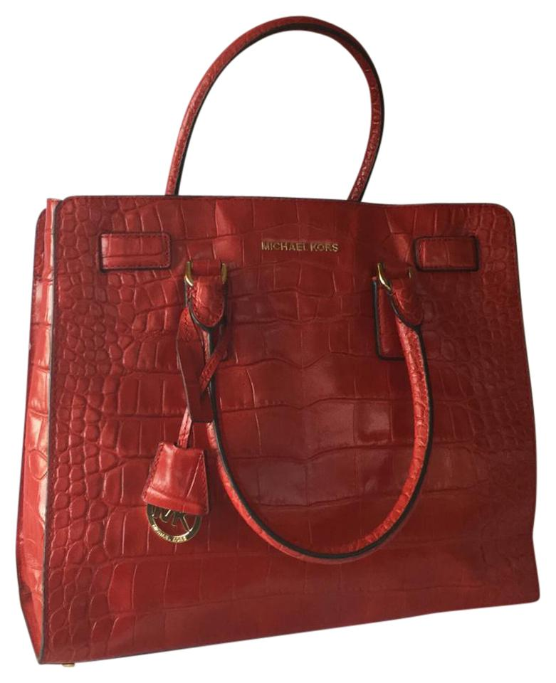 3a6133a41c95 Michael Kors Dillon Large Croc-embossed Red Leather Tote - Tradesy