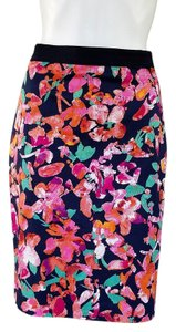 Ann Taylor Floral Pencil Black Stretchy Blend Skirt Multi-color