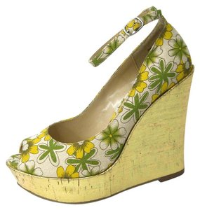 Luichiny Gold Floral Print Piptoe Platform Ankle Strap Yellow/green/ecru Wedges