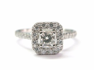 Hearts on Fire Hearts On Fire 18Kt Princess Cut Diamond Engagement Ring .95CT G-H VS2
