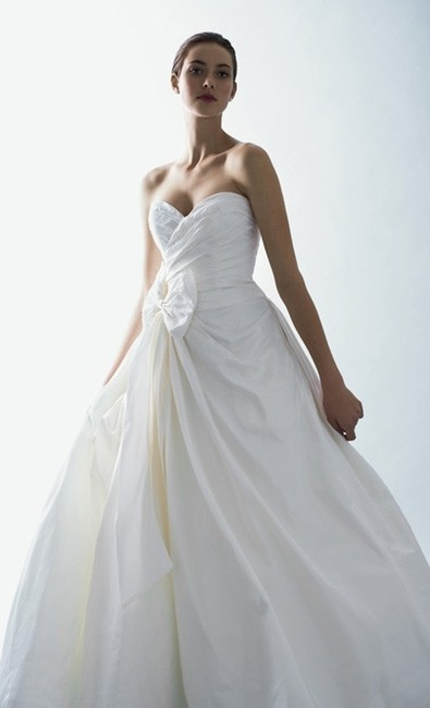 Item - White Silk Maeve Traditional Wedding Dress Size 4 (S)
