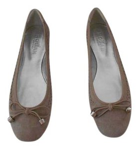 Hogan Versatile Color Taupe Flats