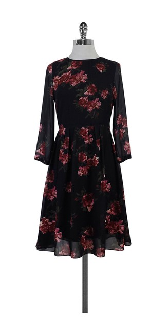 Preload https://img-static.tradesy.com/item/20990658/erin-fetherston-beige-black-red-and-green-floral-print-pleated-short-casual-dress-size-4-s-0-0-650-650.jpg