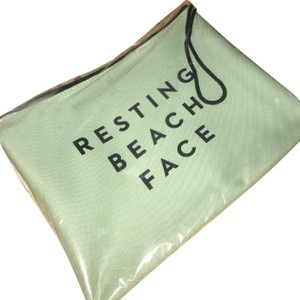 MILLY Pouch Beach Water-resistant Wristlet in green