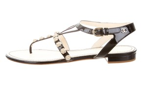 Chanel Camellia Interlocking Cc Logo Patent Leather Gold Black, Gold Sandals