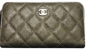 Chanel BN Chanel Classic Zippy Wallet with Ruthenium HDW