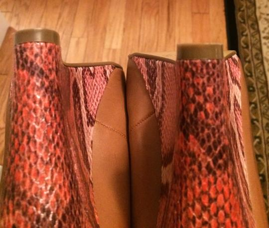 Guess Snakeskin Tan Wedges