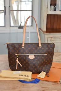 Louis Vuitton Lena Lena Mm Lv New Lv Shoulder Bag