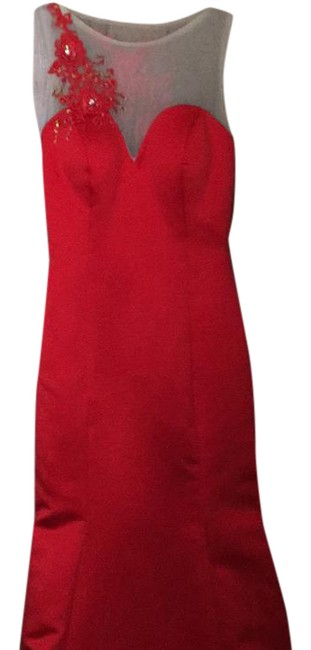 Red Gown with Train Long Formal Dress Size 2 (XS) Red Gown with Train Long Formal Dress Size 2 (XS) Image 1