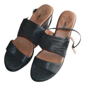 Umberto Raffini Night Out High Quality Leather Black Charcoal Shine Wedges