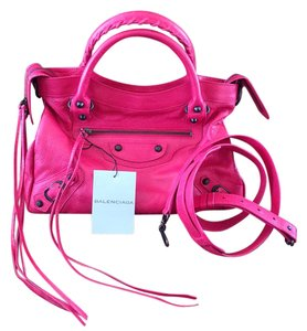 Balenciaga Classic Hardware Color Versatile Perfect Size Cross Body Bag