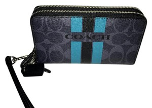 Coach Brand New Coach DOUBLE ZIP PHONE WALLET IN SIGNATURE