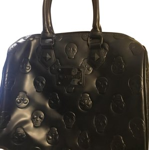 Loungefly Satchel in black