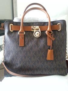 Michael Kors Hardware Saffiano Leather Large Mk Tote in Monogram/cognac with gold